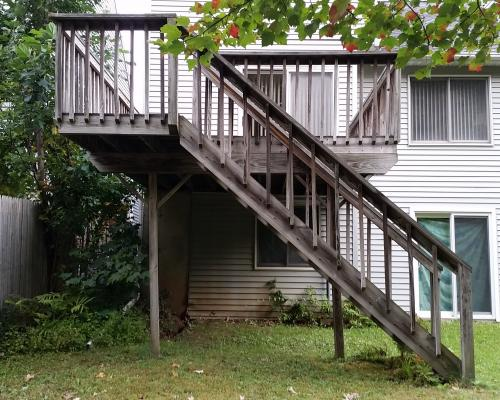 Soanes 2nd story pt deck finished otterbeck builders for Second story decks with stairs